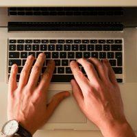 Cursuri engleză online pe platforma de elearning