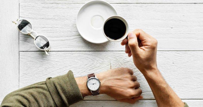 De cate ori te-ai intrebat cat este ceasul in engleza?